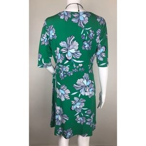 Vince Camuto Dresses - Vince Camuto Wrap Dress Size 8
